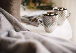 Gamla prispokaler och kaffeskedar som bara skräpar?